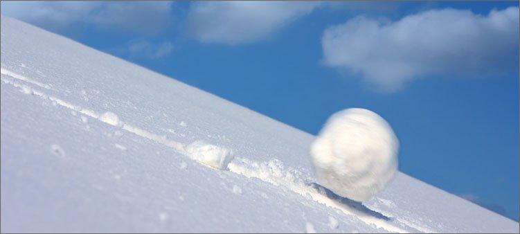 Если же во сне вы смотрите на вершины, покрытые снегом, то ваши желания толкают вас к действиям.