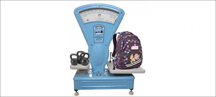 школьный-рюкзак-на-весах