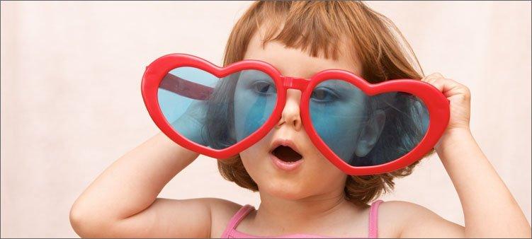 малышка-в-больших-очках