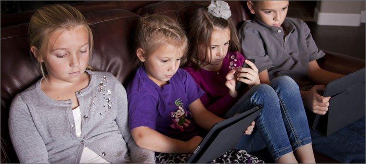 дети-сидят-в-гаджетах