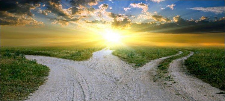 три-дороги-уходящие-к-горизонту