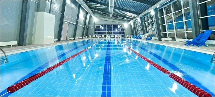 современный-красивый-бассейн