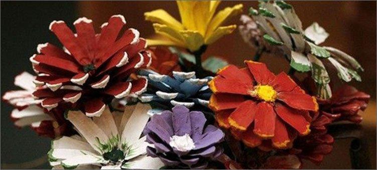 цветы-из-сосновых-шишек