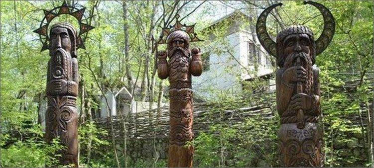 деревянные-идолы
