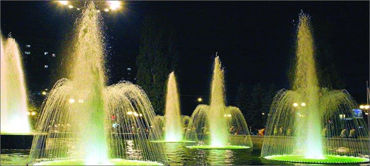фонтаны-комсомольского-пруда