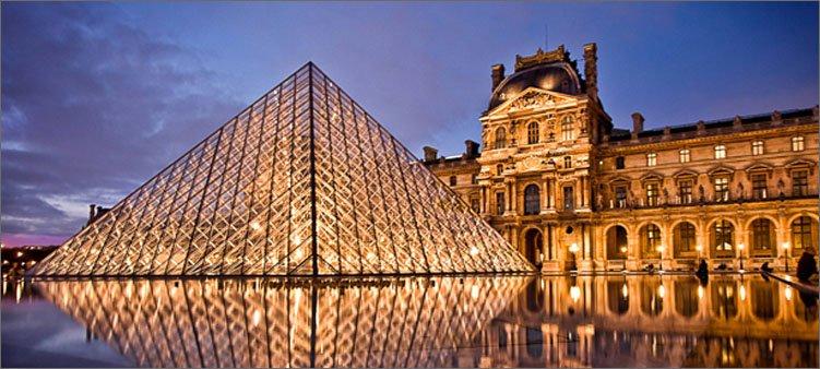 стеклянная-пирамида-лувра