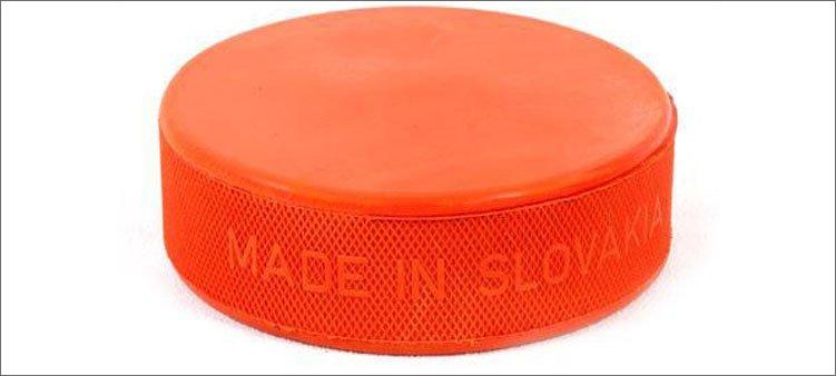 оранжевая-хоккейная-шайба