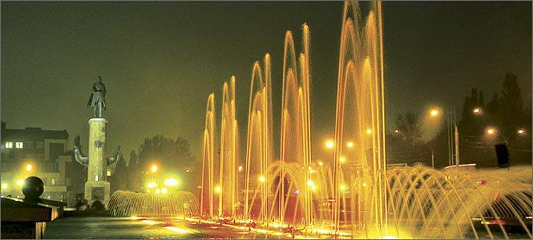 поющий-фонтан-на-площади-петра