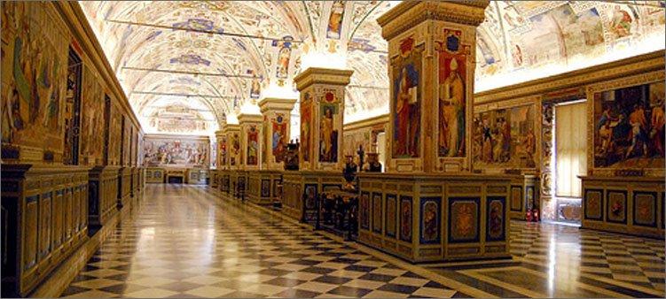 в-коридорах-музея-ватикана