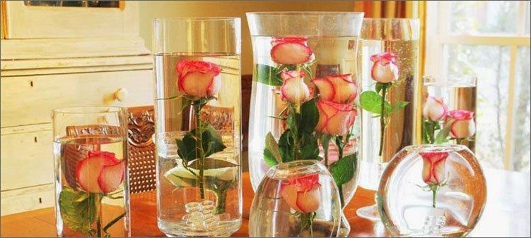 розы-в-вазах-с-водой