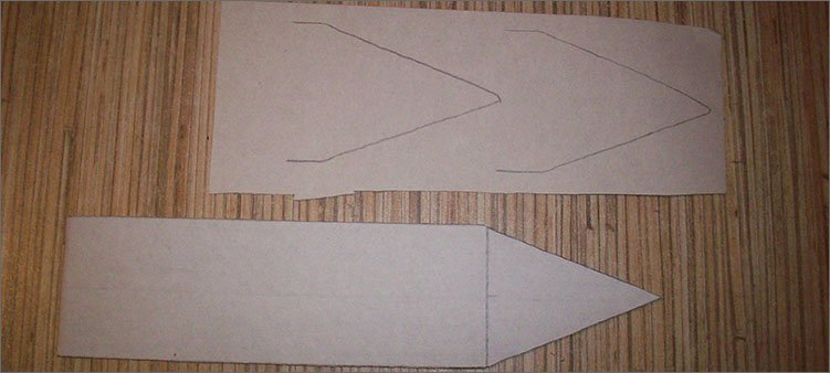 обвели-носик-карандаша-на-бумаге