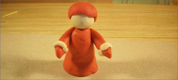шапочка-из-красного-пластилина