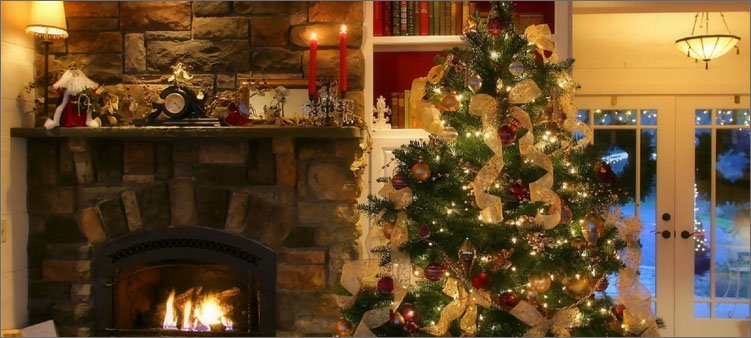 новогодняя-елка-у-камина