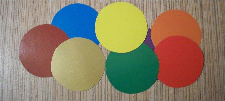 восемь-кругов-из-цветного-картона