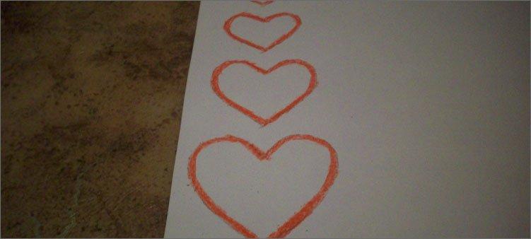 обводим-сердечки-красным-мелком