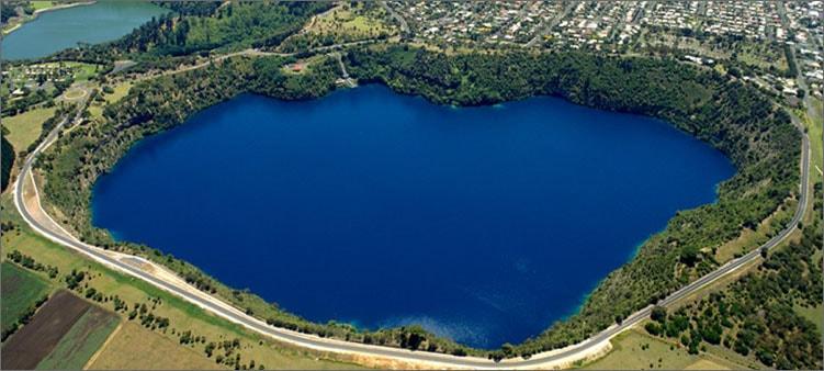 чернильное-озеро-в-алжире
