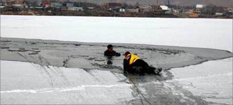 спасатель-на-льду