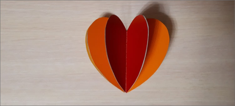 вклеиваем-сердце-посередине