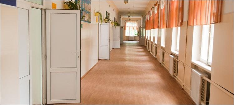 школьный-коридор