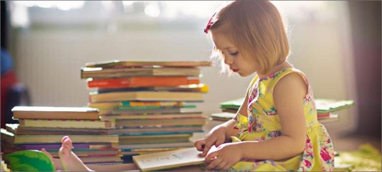 девочка-читает
