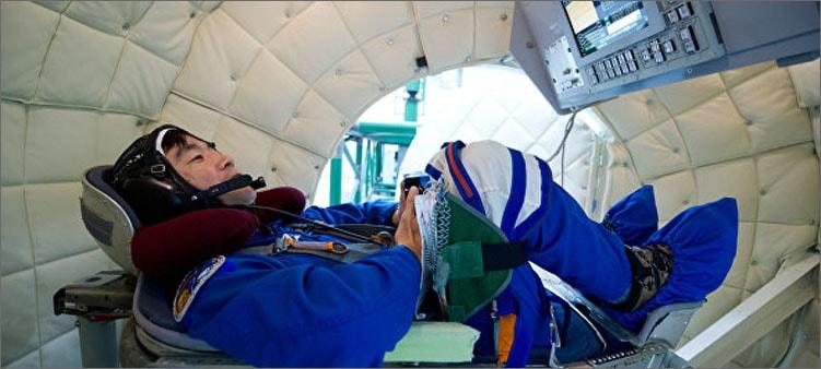 космонавт-в-центрифуге