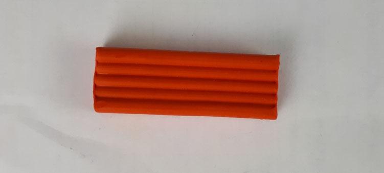 оранжевый-пластилин