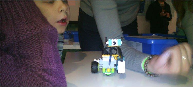 робот-собранный-из-конструктора