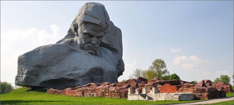 брестская-крепость-основной-монумент