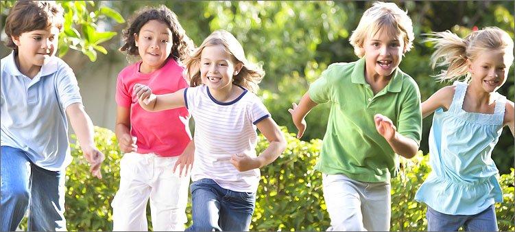 дети-бегут-на-перегонки