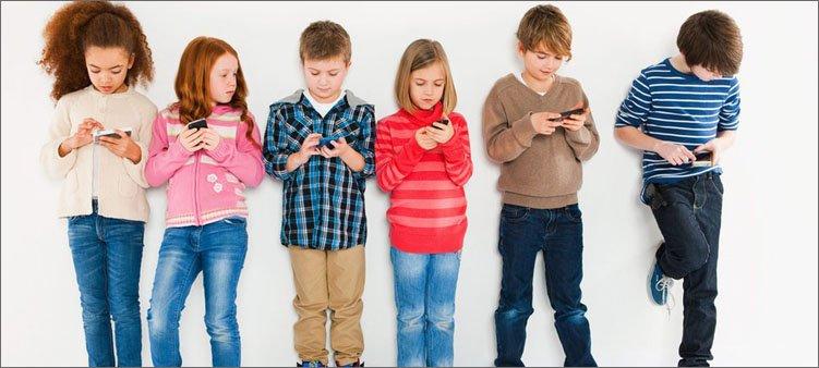 дети-сидят-в-телефонах
