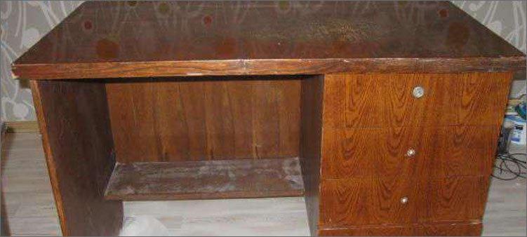 старый-советский-письменный-стол