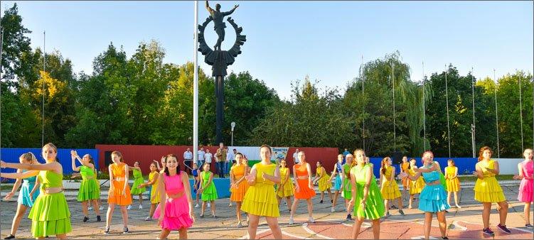 девочки-танцуют