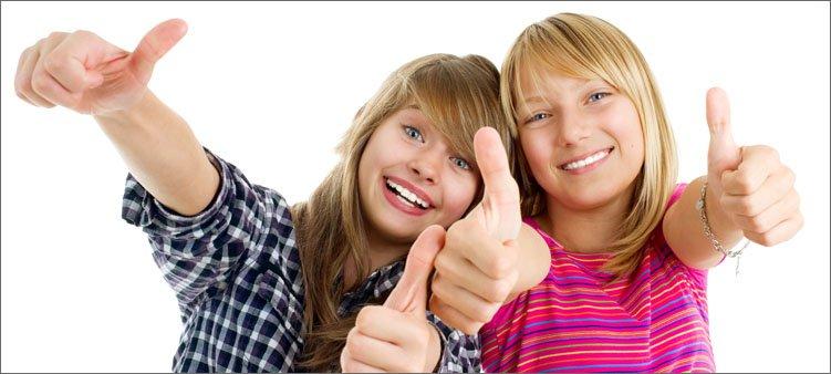 девочки-подростки-показывают-во