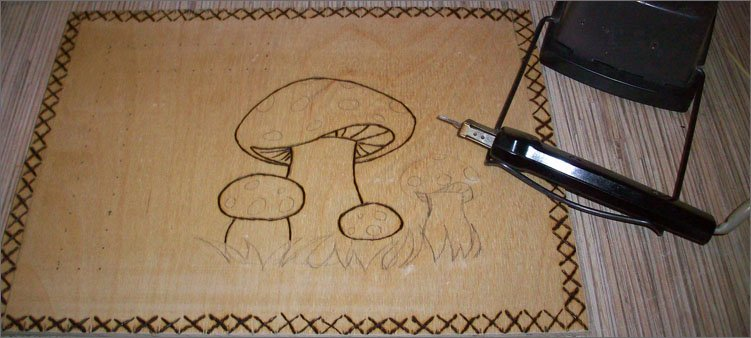 выжигаем-на-фанере-грибы
