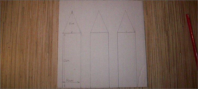на-картоне-начерчены-три-карандаша