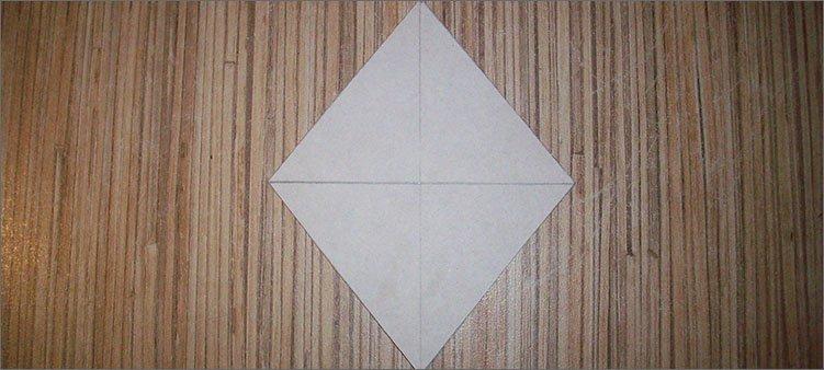 ромб-из-белого-картона