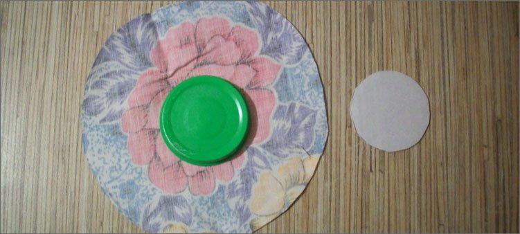 вырезаем-круги-из-ткани-и-картона