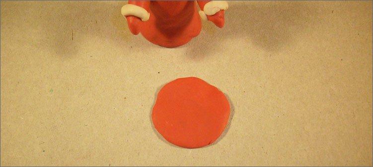 лепешка-из-красного-пластилина