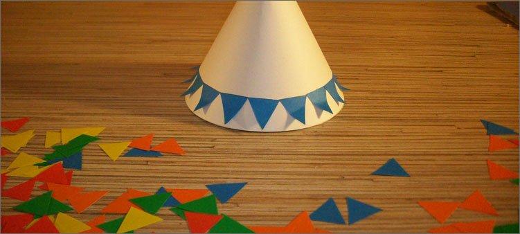 синие-треугольники-приклеены-к-туловищу