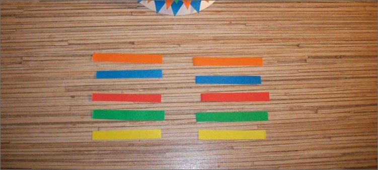 десять-цветных-полосок-из-бумаги