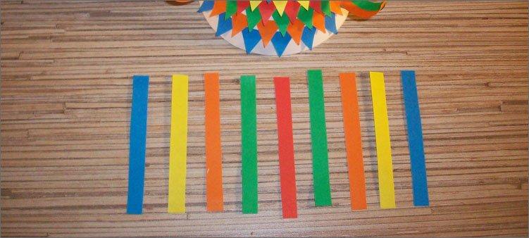 девять-полосок-из-цветной-бумаги