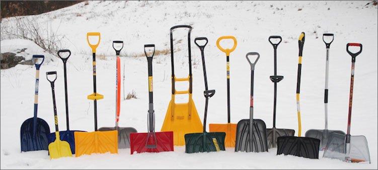 много-лопат-для-снега