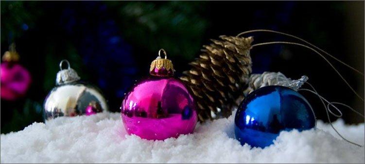 новогодняя-композиция-со-снегом