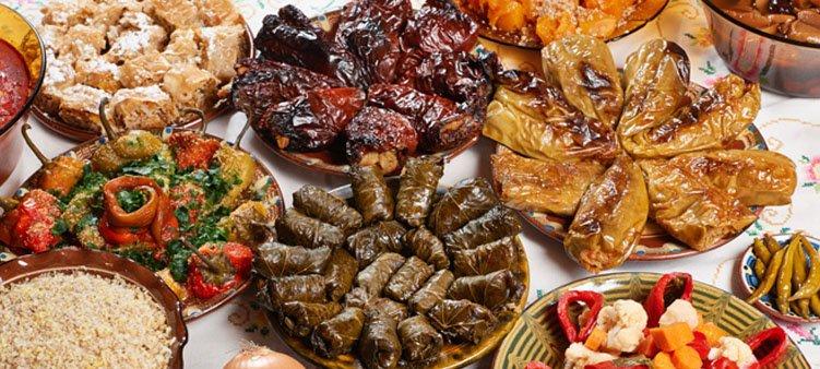 новогодний-стол-в-болгарии