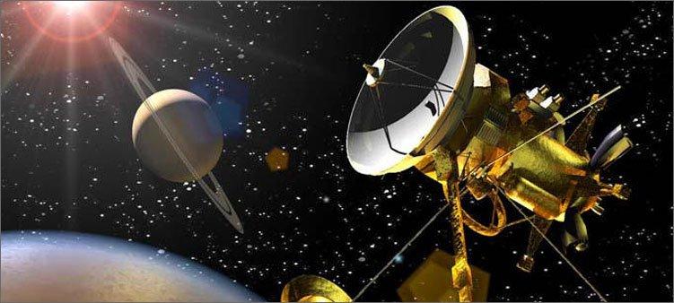 спутник-около-сатурна