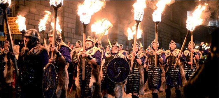 факельное-шествие-в-шотландии