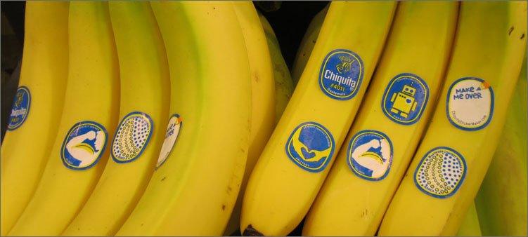бананы-с-наклейками