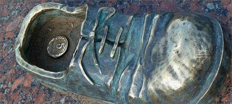 памятник-счастливому-пятаку