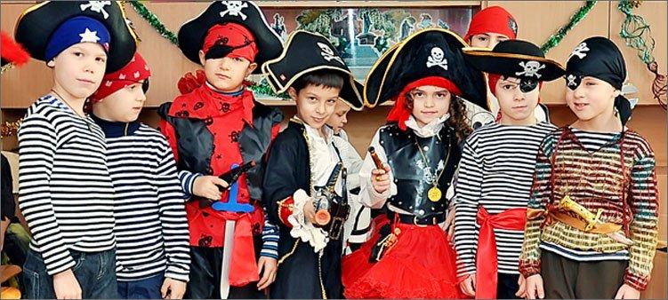 дети-переодетые-в-пиратов
