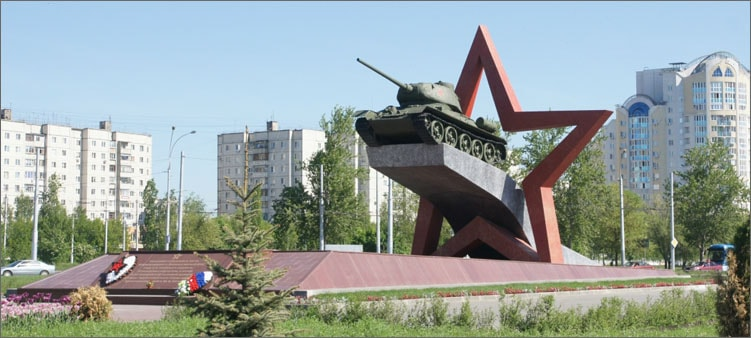 памятник-танкистам-в-липецке